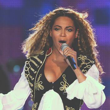 Beyonce ya tiene su plancha crimped hair. ¿Y tú?